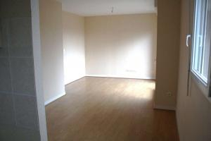 TERRASSON Centre , T2  45m² + balcon,  ascenseur